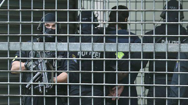 Almanya ilk kez Suriye'den bir IŞİD zanlısı vatandaşını ülkeye kabul edecek