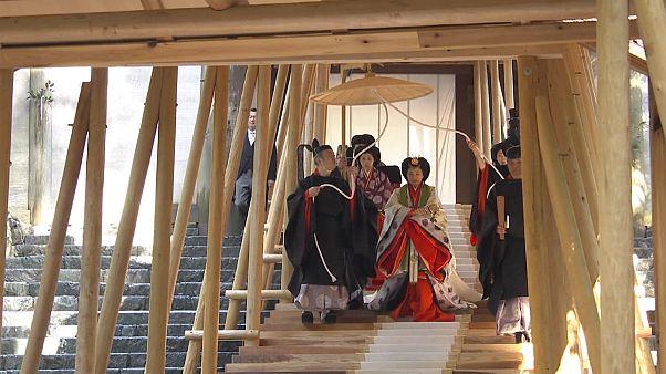 Befejeződött a trónra lépés rítusa Japánban