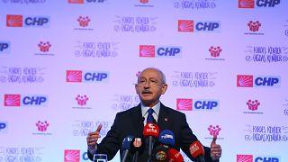 """CHP Genel Başkanı Kemal Kılıçdaroğlu İzmir'de """"Yerel Yönetimler Reformu ve Yerel Demokrasi Buluşması"""" toplantısına katıldı"""