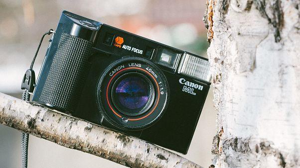 Fotoğraf makinaları tahtını cep telefonlarına bıraktı: Satışlar son 8 yılda yüzde 84 azaldı