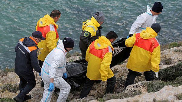 غرق شدن کشتی پناهجویان در سواحل ایتالیا؛ جسد ۷ پناهجو کشف شد
