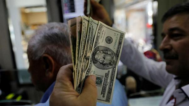 وعده رئیس بانک مرکزی ایران محقق نشد؛ صعود دلار شتاب گرفت