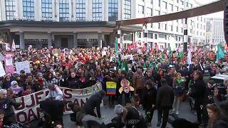 Διαδήλωση κατά της βίας που ασκείται στις γυναίκες στις Βρυξέλλες