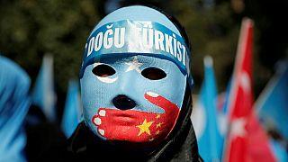 اسنادی مبنی بر «شستشوی مغزی» اویغورها در اردوگاههای چین فاش شد