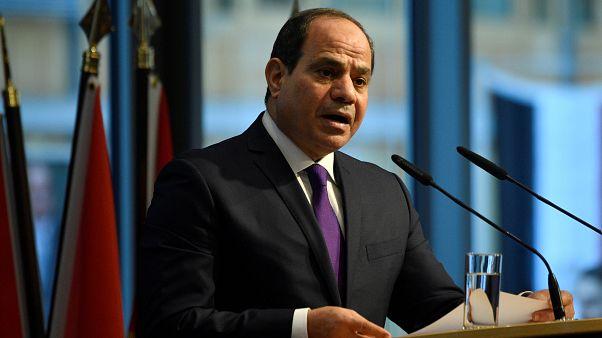 """مصر: اعتقال صحفيين بعد مداهمة مقرّ موقع """"مدى مصر"""""""