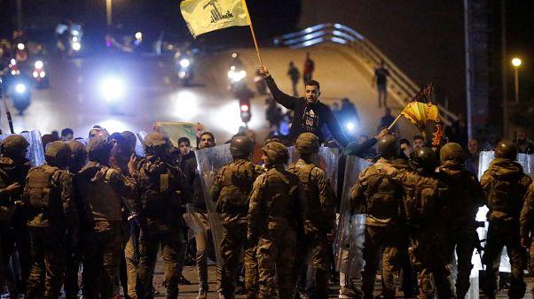 """""""Хезболлах"""" против антиправительственных демонстрантов в Бейруте"""