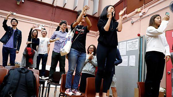 انتخابات محلی هنگکنگ؛ معترضان دموکراسیخواه آراء را درو کردند