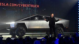 Elon Musk: Cybertruck'a 200 bin sipariş geldi