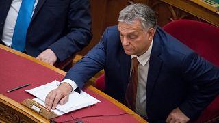 Nem fogják kizárni a Fideszt a Néppártból, Orbán korábban lépne ki