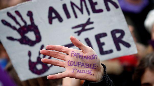 50 δολοφονίες γυναικών την εβδομάδα στην ΕΕ