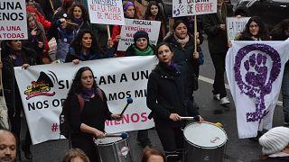 Μέτρα σοκ για να μπει τέλος στις γυναικοκτονίες ανακοίνωσε η Γαλλία
