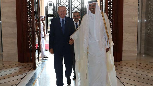 إردوغان يدعو من الدوحة لإنهاء الأزمة الخليجية بأسرع وقت