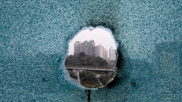 Una breccia si è aperta a Hong Kong.