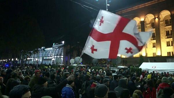 Tiflis: Demo für Wahlreform und gegen Iwanischwili