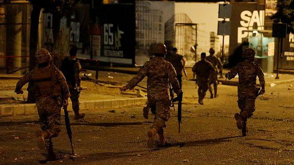 اعتراضات لبنان؛ دومین شب درگیری همراه با تیراندازی در بیروت