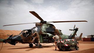 ما هي أسباب الوجود العسكري الفرنسي في مالي؟