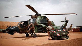 سیزده سرباز فرانسوی در برخورد دو هلیکوپتر در مالی کشته شدند