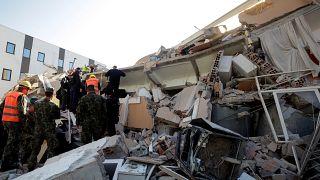 Το euronews μεταδίδει από την σεισμόπληκτη Αλβανία