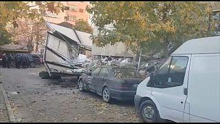 """""""Солидарность и паника"""": как албанцы пережили землетрясение"""