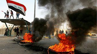 متظاهرون عراقيون- أرشيف رويترز