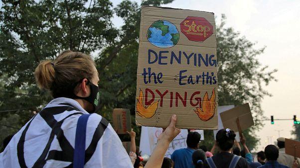 Climat : il faut réduire de moitié les émissions de CO2 d'ici 2030, selon l'ONU