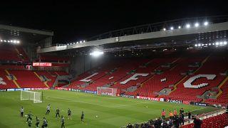 Liverpool-Napoli és Barcelona-Dortmund rangadókkal folytatódik a Bajnokok Ligája
