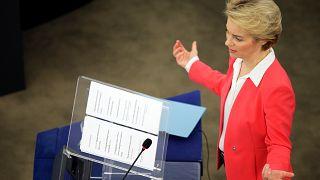 EP bestätigt neue EU-Kommission