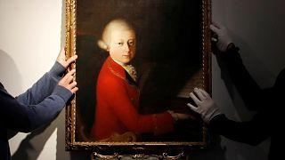 شاهد: لوحة نادرة للموسيقار موزارت قد يصل سعرها إلى 1.2 مليون يورو