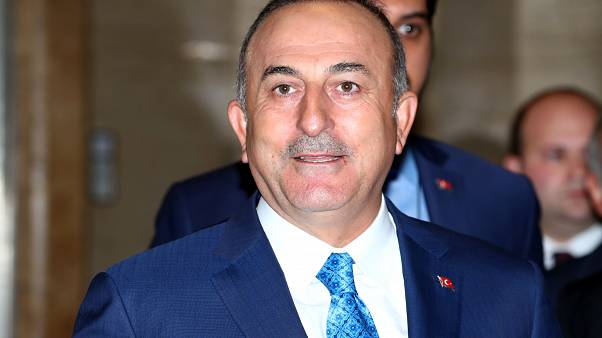 وزير الخارجية التركي ردا على بومبيو: لم نشترِ إس-400 لنحفظها في العلبة