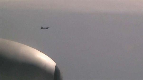 """شاهد: مقاتلات يابانية وكورية جنوبية """"ترافق"""" قاذفتين استراتيجيتين روسيتين"""