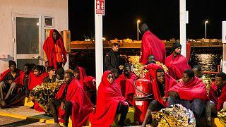Cuatro muertos y 16 desaparecidos intentando llegar a España en patera
