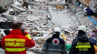 Miles de personas sin techo tras el terremoto en Albania