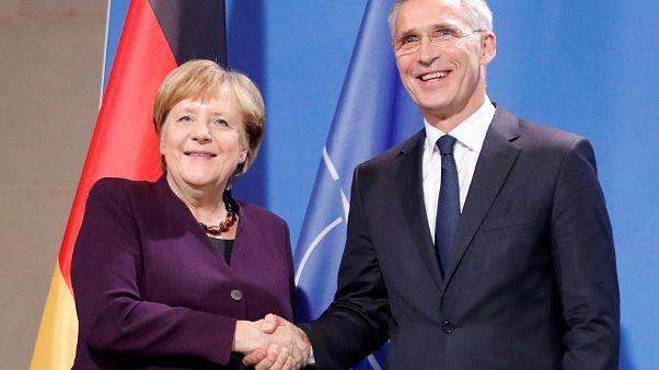 Angela Merkel und NATO-Generalsekretär Jens Stoltenberg am 10. November in Berlin
