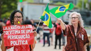 Lula-Unterstützerinnen vor dem Gericht in Porto Alegre