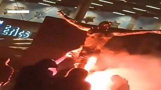 Wütend auf Zlatan (38): Statue in Malmö in Brand gesetzt
