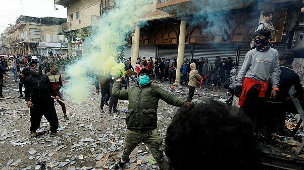 متظاهرون في بغداد، العراق- أرشيف رويترز