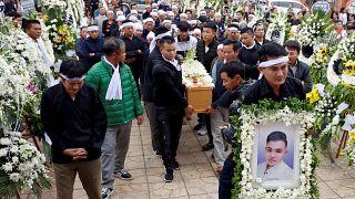 """Vietnam : funérailles de victimes du """"camion de l'horreur"""""""