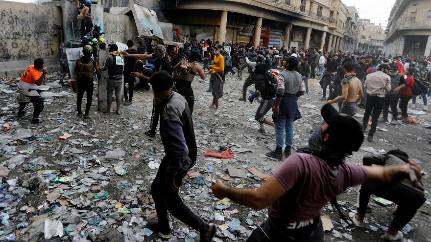 Twenty-seven Iraqi protesters killed in a day as violence continues