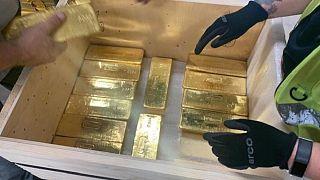 Tarihte bankalar arası en büyük altın transferlerinden biri hızla ve sessizce gerçekleşti: 100 ton