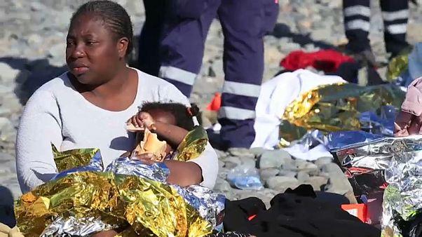 Мигранты прибыли на пляж