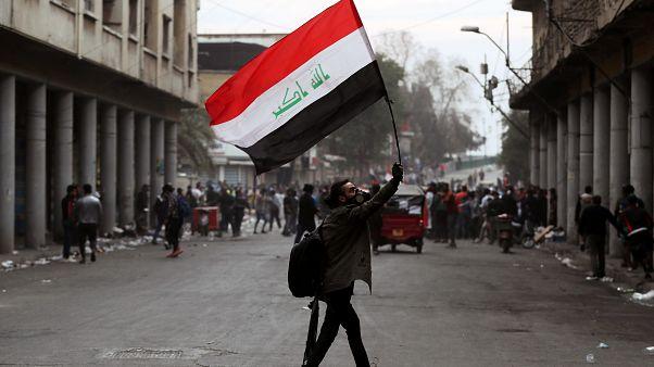 إعلان الاستقالة لم يخمد مواجهات الشارع العراقي.. وسقوط المزيد من القتلى