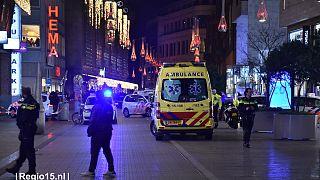 Τραυματίες μετά από επίθεση με μαχαίρι σε εμπορικό κέντρο στη Χάγη