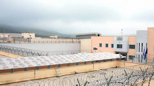 Άγρια συμπλοκή στις φυλακές Δομοκού