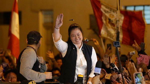 زعيمة المعارضة كيكو فوجيموري عند خروجها من سجن سانتا مونيكا في ليما - 2019/11/29 -