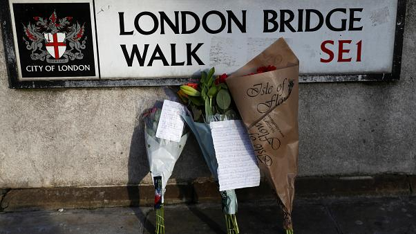 المكان الذي وقع فيه الهجوم في جسر لندن أمس الجمعة - 2019/11/30 -