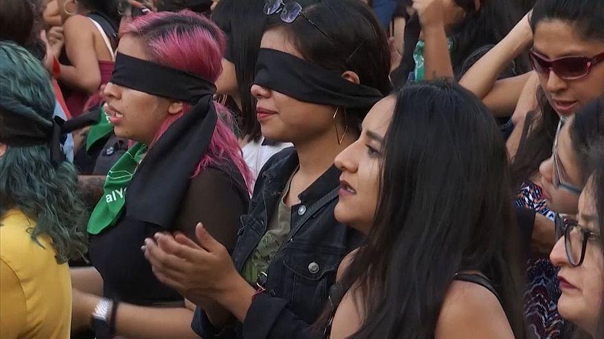 Mexico activists protest violence against women
