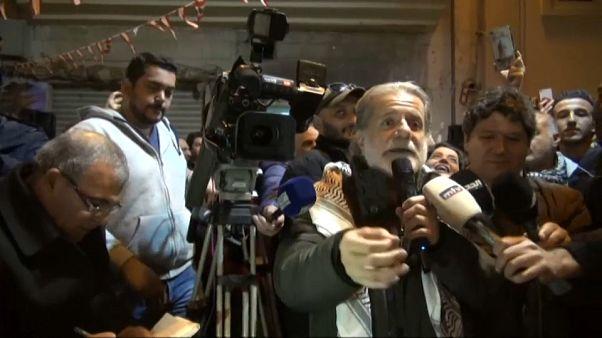 مارسيل خليفة يغني أمام المحتجين في مدينة بعلبك - 2019/11/29 -
