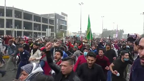 La renuncia del primer ministro no calma las protestas en Irak
