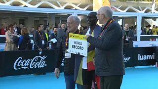 Ugandai sportoló lett az új utcai futó-világrekorder