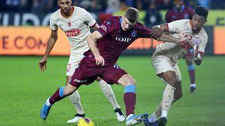 Süper Lig'in 13. haftasında Trabzonspor ile Galatasaray karşılaştı.